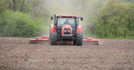 Селскостопанска техника показаха СД Стойчеви на демонстрация край Харманли