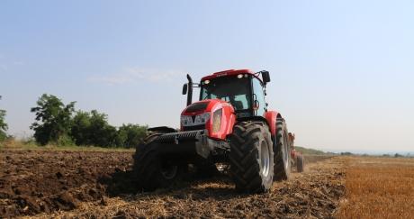 Демонстрации на Zetor, UNIA и Agrisem събраха фермери от Северна България